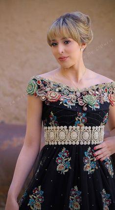 Blouza oranaise ~Algérie~ Formal Dresses, Wedding Dresses, Couture, Feminine, Boutique, Blouse, Clothes, Fashion, Caftan Dress