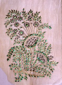 MATIN LUMINEUX: Broderies anciennes