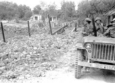 Vietnam, French soldiers driving jeep past bomb crater during First Indochina War Archive - Asia and Middle East, pin by Paolo Marzioli
