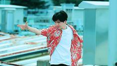 bts, gif, and suga image Bts Mv, Bts Jungkook, Taehyung, Vmin, Bts Boys, Taekook, Korean Boy Bands, Hoseok, Kpop
