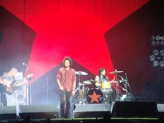 See Rage Against the Machine in concert (4 times baby!)
