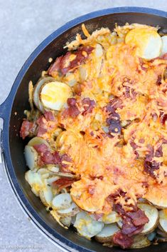 Dutch oven potatoes are a flavor packed camping classic! A simple & delicious re. Dutch oven potatoes are a flavor packed camping classic! A simple & delicious recipe with detailed instructions, even directions for cooking indoors. Camping Meal Planning, Camping Meals, Camping Recipes, Camping Cooking, Backpacking Food, Beach Camping, Camping Dishes, Jeep Camping, Ultralight Backpacking