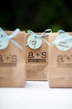 DIY your favor packaging with stamps.