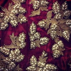 noy GOT, but appropriate Perfect Pearl Placements. Zardozi Embroidery, Pearl Embroidery, Indian Embroidery, Embroidery Fashion, Hand Embroidery Designs, Embroidery Patterns, Embroidery Fabric, Lesage, Saree Blouse Designs