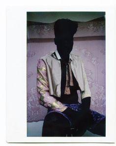 Para testemunhar esse novo momento o Museu da cidade de Nova York programou 'Gay Gotham', sobre o papel da criatividade 'queer' do século passado, enquanto o Museu Trans History & Art organizou a exposição 'Trans History in 99 Objects', que traça a história da cultura sobre o corpo transgênero nos EUA. Iniciativas como essas demonstram que o mundo da cultura criou uma frente unida para resisitir a onda reacionária http://www.pan-horamarte.com.br/blog/arte-da-visibilidade-ao-tema-transgenero/