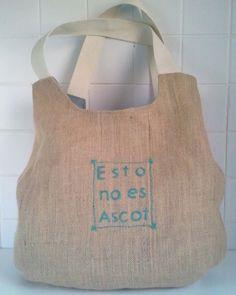 Esto no es Ascot Burlap, Reusable Tote Bags, Crafts, Clothing, Hessian Fabric, Crafting, Diy Crafts, Craft, Arts And Crafts