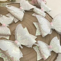 Crear con foamy: Crea un bello broche de mariposa con estos moldes Making Hair Bows, Diy Hair Bows, Felt Bows, Ribbon Bows, Baby Bows, Baby Headbands, Bow Template, Diy Bebe, Bow Pattern