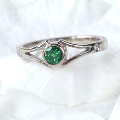 149f3b14e7140e Lilia Nash Jewellery Tsavorite Garnet & Diamond Ring in 18ct White Gold  Gemstone Engagement Rings,