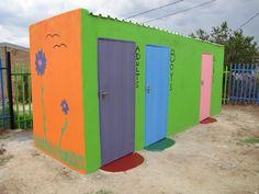 Das neue Toilettenhäuschen #KITA #Nkululeko #Südafrika #Orange_Farm