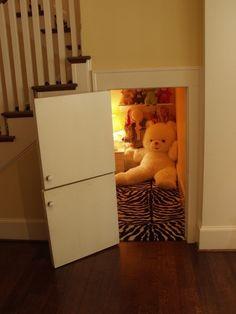 The Converted Closet Nook 44 Cozy Nooks You'll Want To Crawl Into Immediately Converted Closet, Closet Nook, Huge Closet, Attic Closet, Attic Playroom, Kid Closet, Secret Hiding Places, Hiding Spots, Hidden Rooms