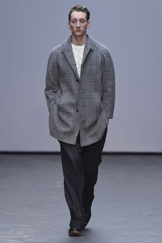 E.Tautz Men's RTW Fall 2015 - Slideshow - Runway, Fashion Week, Fashion Shows, Reviews and Fashion Images - WWD.com
