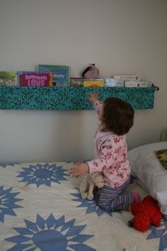 """A Hanging Book Display """"Book Sling""""  http://pennycarnival.typepad.com/penny_carnival/tutorials.html"""
