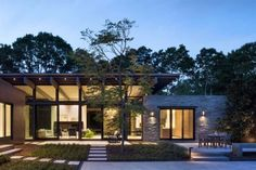 Long Island Retreat Completely Restructured by Lake Flato Architects 12 Residential Architecture, Modern Architecture, Long Island, Future House, My House, Long House, Lake Flato, Great Buildings And Structures, Modern Buildings