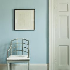 A cool, calm, pale shade, reflecting the immense stillness of the magnetic north: a colour to magnify space and enlarge rooms. Nordic Lights, Fired Earth, Blue Grey, Paint Colors, Calm, Shades, Cool Stuff, Bedroom, Rooms