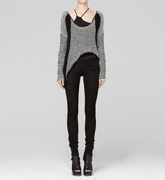 Another sweater with a curved hem. I like the whole outfit - except shoes - and the sweater makes the outfit.