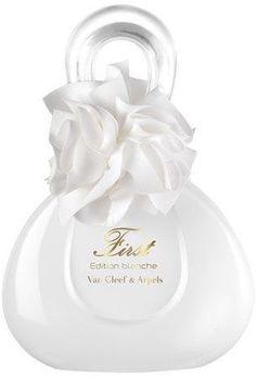 Tendance parfums Van Cleef & Arpels First First Edition Blanche Eau de Parfum Diy Fragrance, New Fragrances, Van Cleef Arpels, Parfum Fragonard, Beautiful Perfume, Vintage Perfume Bottles, Smell Good, Ideias Fashion, At Least