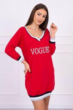 Červené športové šaty s nápisom Fashion Addict, Outfit Of The Day, Street Wear, Cold Shoulder Dress, Vogue, Street Style, Boutique, Sport, Stylish