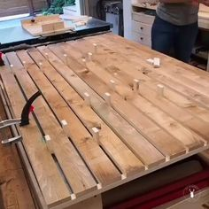 Diy Garden Projects, Diy Wood Projects, Fun Projects, Woodworking Videos, Woodworking Projects, Carpentry Skills, Got Wood, Pallets Garden, Shed Plans