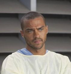 Jesse Williams - Grey's Anatomy (half Swedish - Half African American) His eyes. Jackson Avery, Jesse Williams Grey's Anatomy, Jessie Williams, Trayvon Martin, Actrices Sexy, Youre My Person, Detroit Become Human, Raining Men, Chicago Fire