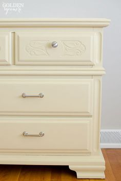 Hometalk :: Give Old Furniture a Modern Look With Annie Sloan Chalk Paint®