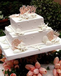 A classy beach wedding cake #wedding #cake #dessert #womentriangle