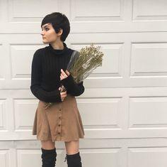 Pixie Shenanigans — neutralfleur: une petite fleur avec beaucoup de...