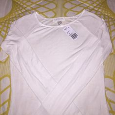 FOREVER 21 Soft Long Sleeve NWT ✨REDUCED✨ Super soft cotton, semi-sheer. Brand new!! White/light cream. So pretty!!  I just don't fit in in  Forever 21 Tops