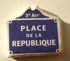 Fève du MH 2000 - Places de Paris : La Place de la République