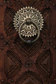 knocker & door