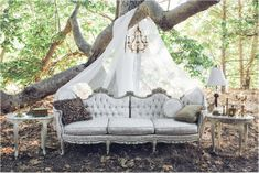 Vintage and Antique rentals for weddings, tea parties, photo shoots, advertising media, showers and parties.