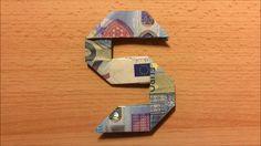 So kannst du die Zahl Fünf aus einem Geldschein falten.