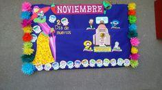 Noviembre periódico mural