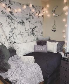 marvel for marble dorm room decor, grey, light purple, white cute for gilrs, decorations for college students #collegedormroom #dormdecor #collegedormdecor #dormroom #dormgoals #dormideas