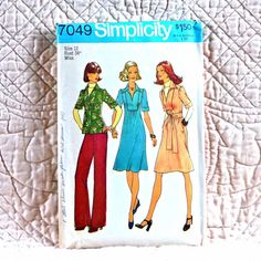 7049 SIMPLICITY Cut Complete PATTERN 1975 Women V-Neck Shirt Collar Dress Top Gather to Front Insert Back Zipper Pull-On Pants Size 12 3-oz
