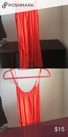 Forever 21 Sleeveless Dress🔴LOWEST PRICE🔴 Worn a handful of times  Color is between orange and red  It looks short in the picture but it hits right above me knee, I'm 4'11  Comes with a string you can tie around to act as a belt or you can use your own 🎀prince firm unless bundled🎀 Forever 21 Dresses Mini