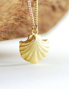 Aukai necklace gold shell necklace nautical by www.kealohajewelry.etsy.com maui, hawaii
