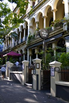 Kings Cross/Potts Point - Sydney A lovely old area of Sydney, most of which saved from demolition by avaricious Developers !