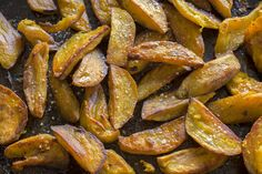 Maple Baked Kumara Chips - Delicious home-baked kumara chips - crunchy and chewy on the outside with a soft sweet centre. Savory Snacks, Savoury Dishes, Savoury Recipes, Vegetable Dishes, Vegetable Recipes, Kumara Recipes, Cooking Recipes, Healthy Recipes
