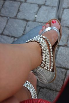 Silver pearls sandals...these are just darling!