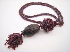 Perlengefädelte Halskette mit Beaded Bead und von BeadFizz auf Etsy