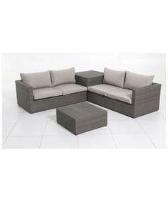 Rattan 4 Seater Garden Corner Sofa and Table Set.