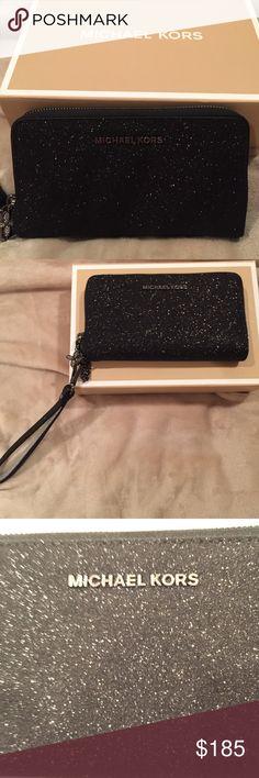 Michael Kors wallet ✨ Black, sparkle, Michael Kors wallet, NEVER USED, perfect condition w/tags KORS Michael Kors Bags Wallets
