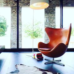 Ready for a weekend of lounging in the Replica Arne Jacobsen Egg Chair.