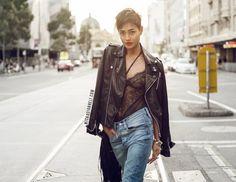 O body preto estilo lingerie pra ser usado por baixo de jaquetas, blazers ou até sozinho invadiu o mundo da moda