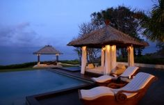 Ayana Resort is a fabulous retreat, set on the cliffs of Bali with stunning ocean views. Ayana Resort is in Jimbaran, Bali. Ayana Resort Bali, Resort Spa, Vacation Planner, Resort Villa, Expensive Houses, Gone Fishing, Big Houses, Luxury Villa, Luxury Travel