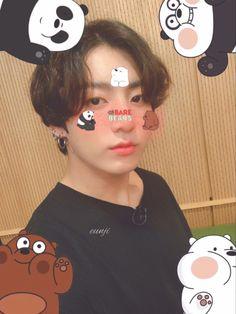 Jungkook Selca, Jungkook Cute, Foto Jungkook, Bts Taehyung, Foto Bts, Bts Photo, Bts Emoji, Jung Kook, Bts Name