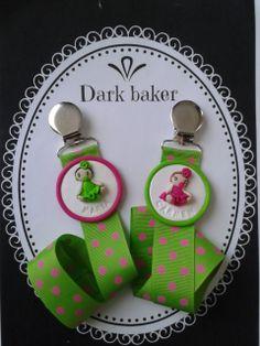 chupeteros fimo-Dark baker-pacifier holder