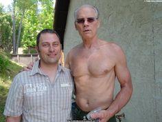 Fred Dryer's height is 6 ft 6 in (198 cm) dsc01013.jpg (640×480)