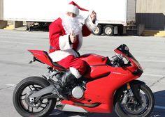 Santa Claus astride 2014 899 Panigale