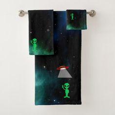 Alien Face Personalized 3 Piece Bath Towel Set Your Color Choice